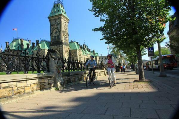 10297836_700031840057482_1735347107180328048_n  Ottawa é eleita a melhor cidade para se viver no Canadá 10297836 700031840057482 1735347107180328048 n